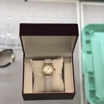 Ոսկյա կանացի ժամացույց ադամանդով - 4 - կոդ 151-722 voskya kanaci jamacuyc adamandov - 4