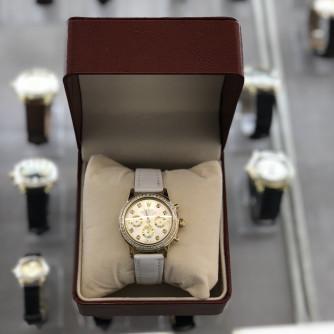 Ոսկյա կանացի ժամացույց ադամանդով - 8 - կոդ 151-726 voskya kanaci jamacuyc adamandov - 8